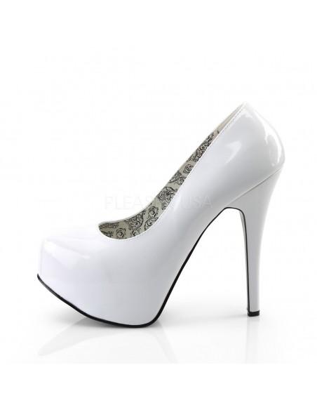 Zapatos Bordello con ligera plataforma y de ancho especial