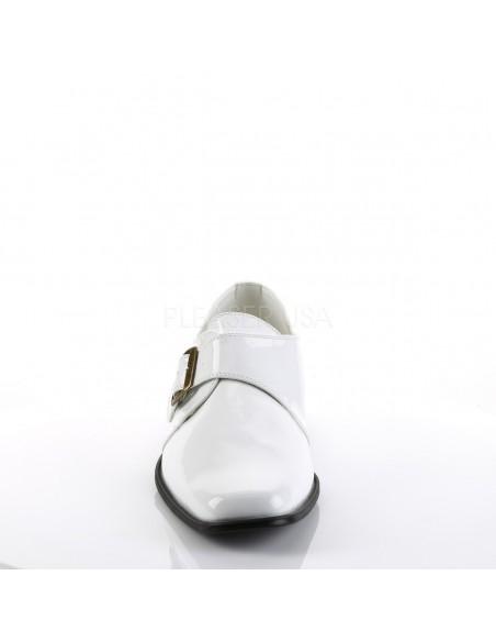 Zapato con hebilla linea retro
