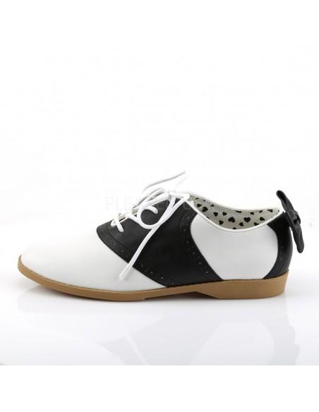 Zapatos bajos de cuero sintético en dos tonos acordonados y con lazo